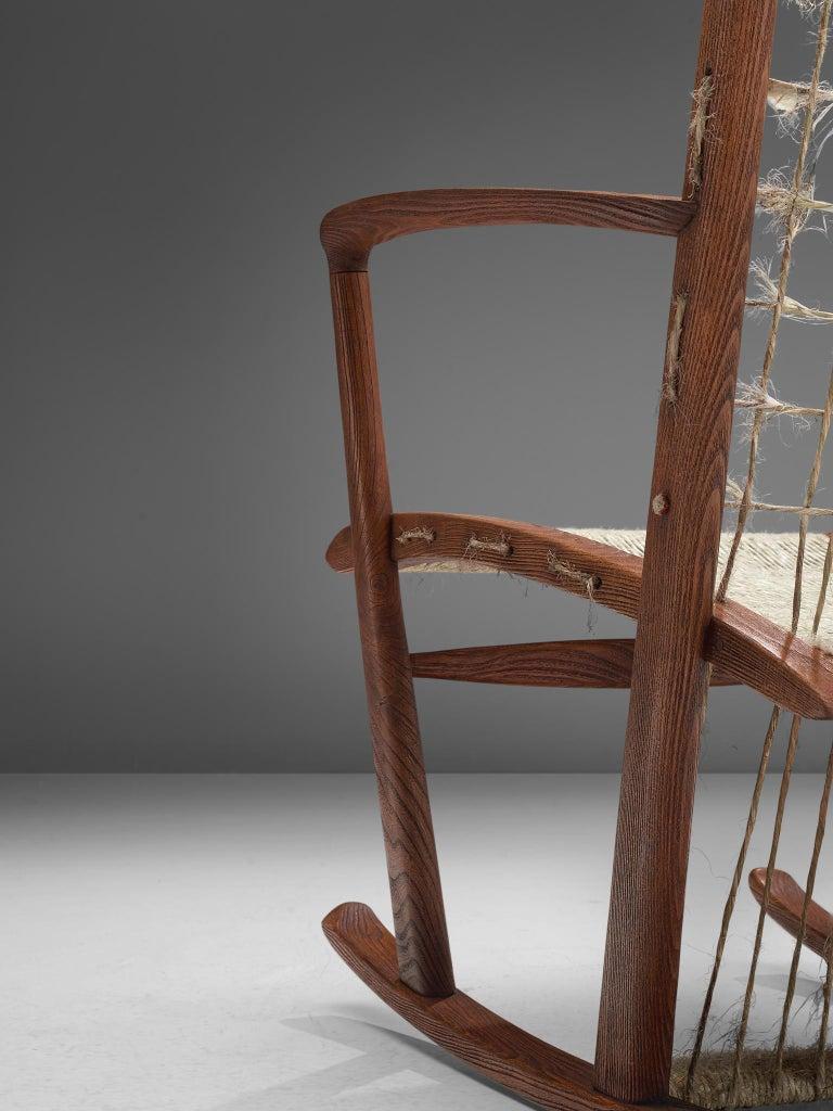 Italian Rocking Chair in Rope and Oak by Guglielmo Pecorini For Sale 2