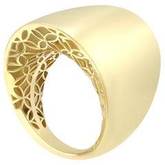 Italian Rococo Baroque Style Yellow Gold 14 Karat Ring