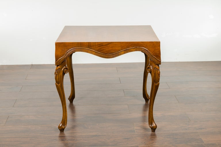 Italian Rococo Style Midcentury Walnut and Olive Wood Table with Cabriole Legs For Sale 8