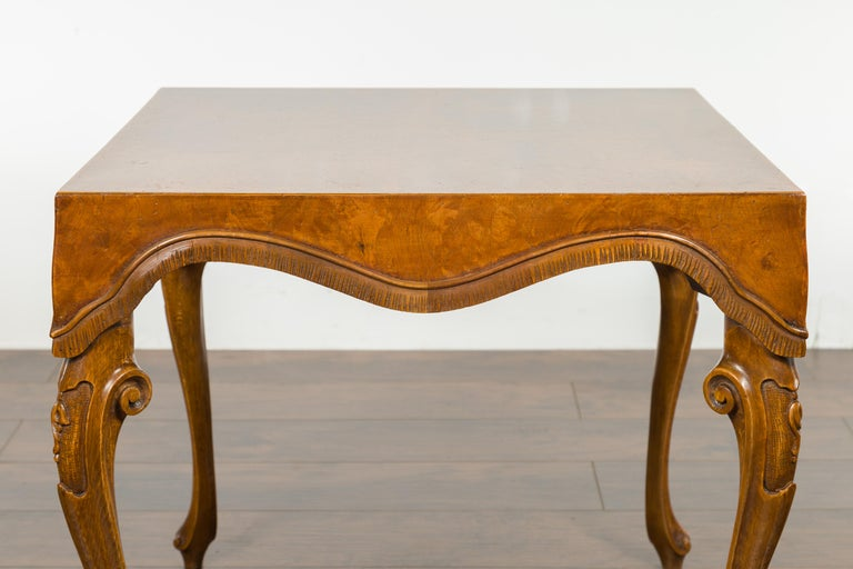 Italian Rococo Style Midcentury Walnut and Olive Wood Table with Cabriole Legs In Good Condition For Sale In Atlanta, GA