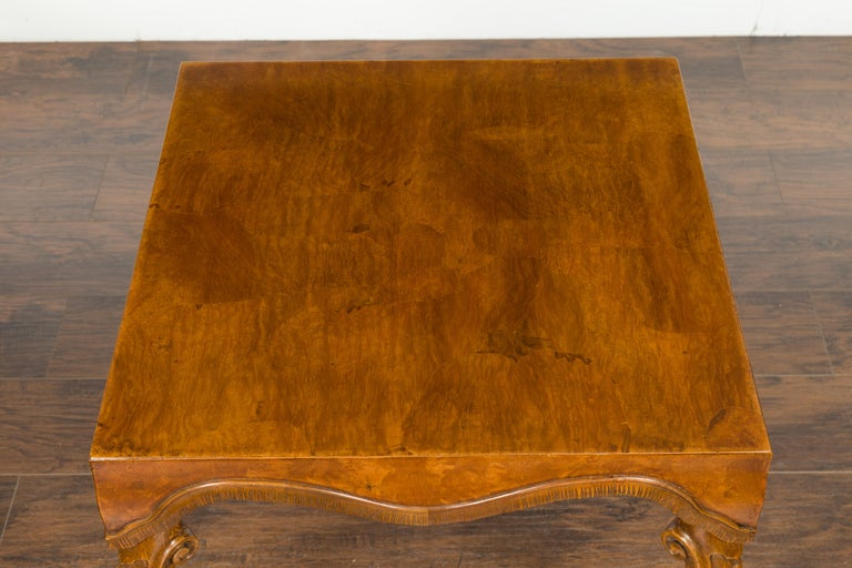 Italian Rococo Style Midcentury Walnut and Olive Wood Table with Cabriole Legs For Sale 4