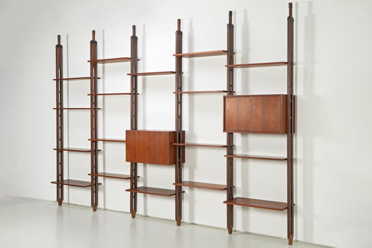 Italian Room Divider Book-Shelf by Paolo Tilche Made in Italy, 1960s, Teak In Good Condition For Sale In Munster, DE