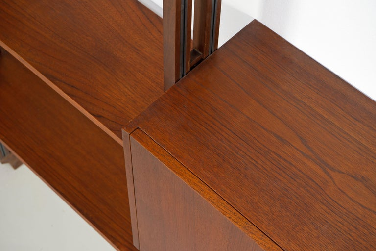 Italian Room Divider Book-Shelf by Paolo Tilche Made in Italy, 1960s, Teak For Sale 4