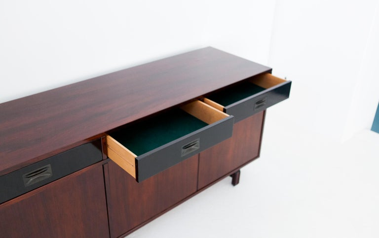 Italian Rosewood Sideboard by Stildomus, 1960s In Good Condition For Sale In Rome, IT