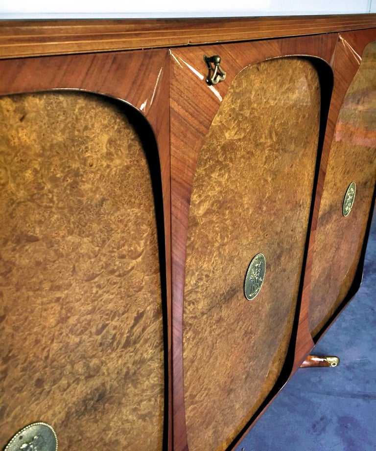 Italian Rosewood Sideboard with Three-Door in Birch Briar Root by Dassi, 1950s For Sale 6