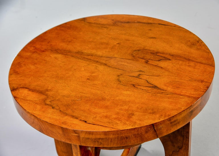 20th Century Italian Round Art Deco Side Table For Sale