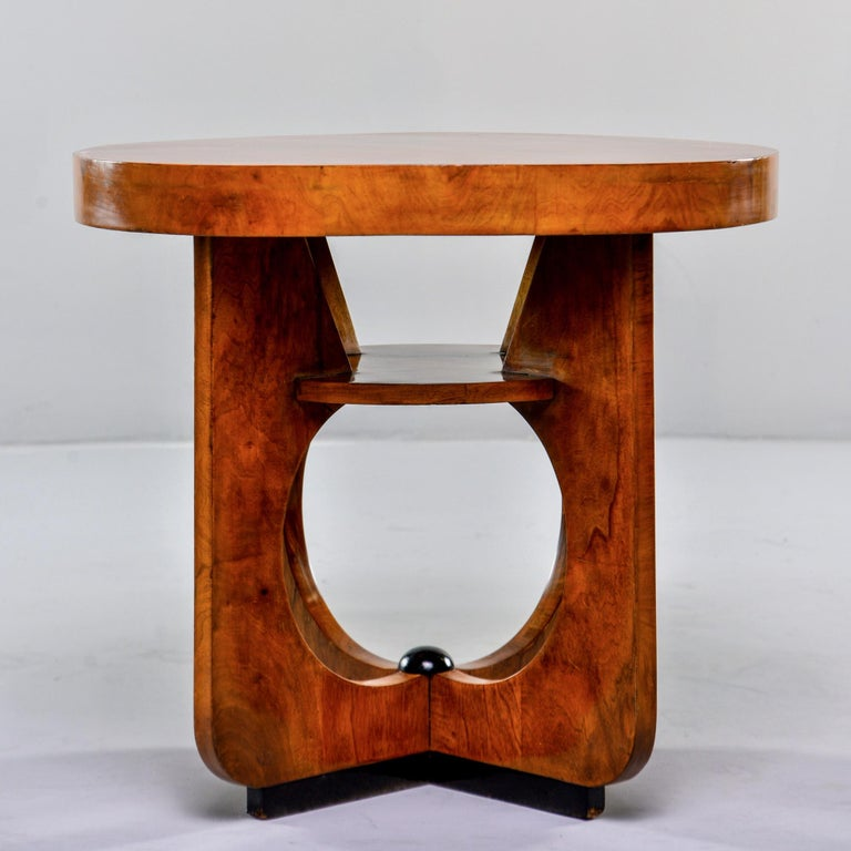 Walnut Italian Round Art Deco Side Table For Sale