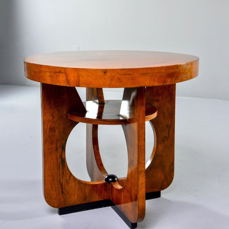 Italian Round Art Deco Side Table For Sale 3
