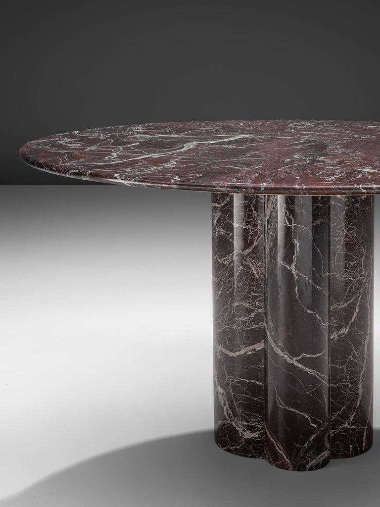 Italian Round Deep Red Marble Table In Good Condition For Sale In Waalwijk, NL