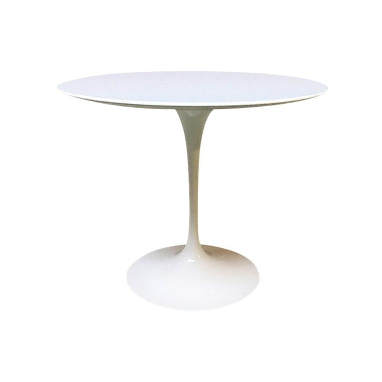 Italian Rounded Laminated Top Tulip Dining Table by Eero Saarinen for Knoll 1973