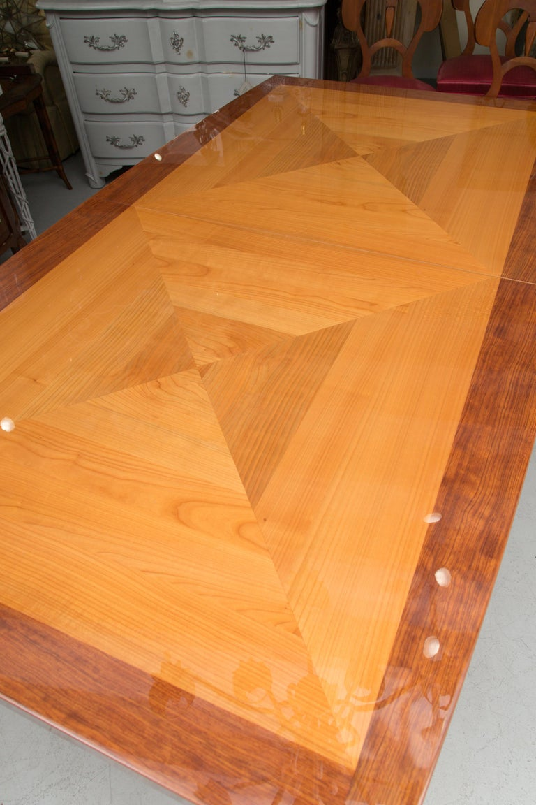 Italian Satinwood Dining Table in the Manner of Karl Springer For Sale 1