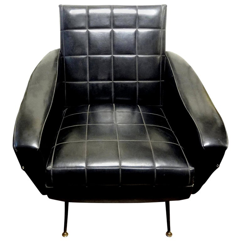 Italian Sculptural Lounge Chair in the Manner of Minotti For Sale
