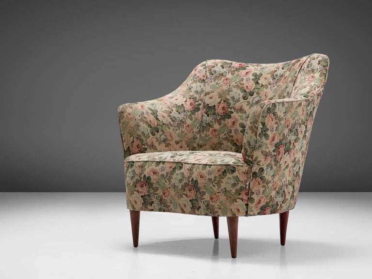 Mid-20th Century Italian Set of Three Club Chairs with Floral Upholstery For Sale