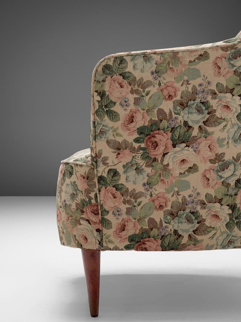 Italian Set of Three Club Chairs with Floral Upholstery For Sale 1