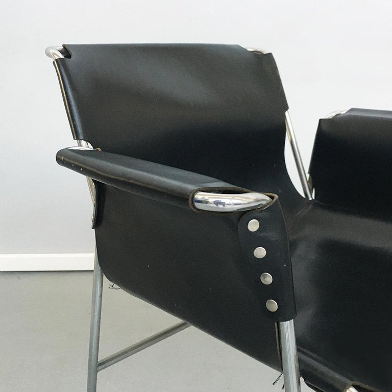 Italian 1970s Black Leather and Steel Chairs with Armrests, 1970s For Sale 8