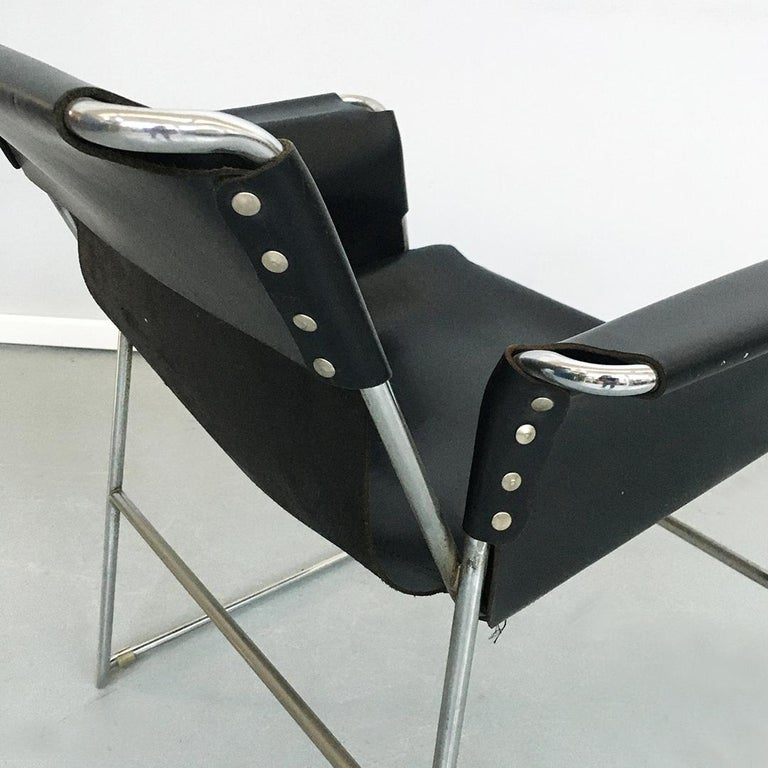 Italian 1970s Black Leather and Steel Chairs with Armrests, 1970s For Sale 9