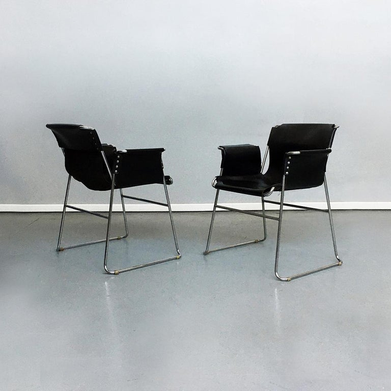 Late 20th Century Italian 1970s Black Leather and Steel Chairs with Armrests, 1970s For Sale