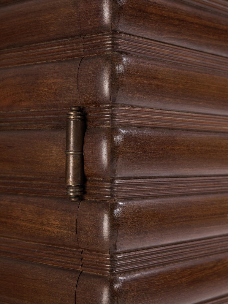 Italian Sideboard in Darkened Oak For Sale 4