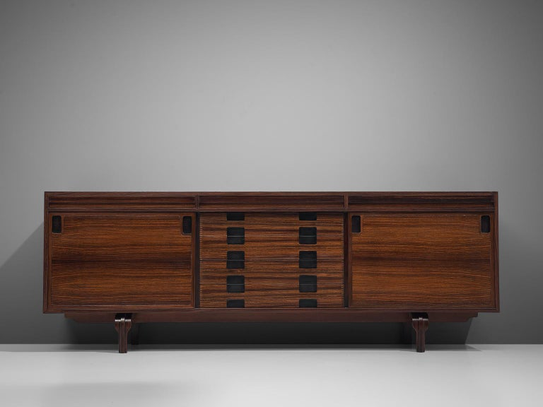 Italian Sideboard in Rosewood by Luigi Massoni For Sale 1