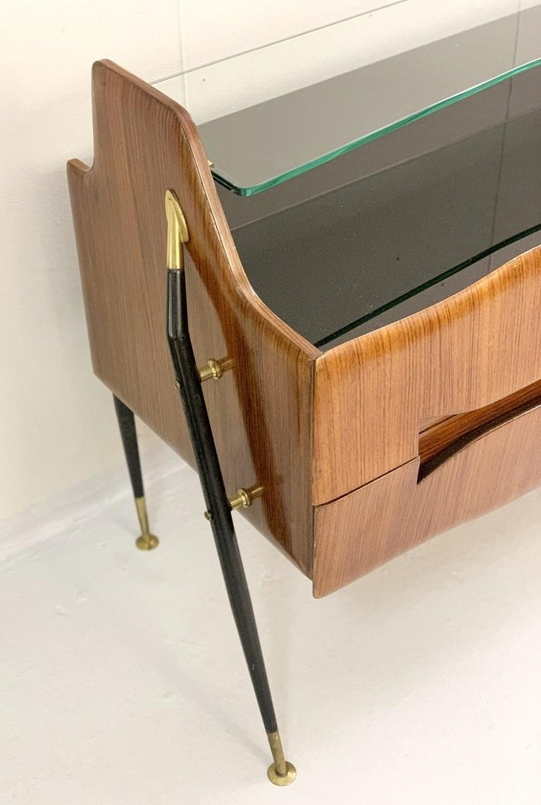 Mid-Century Modern Italian Sideboard/Long Chest of Drawers For Sale