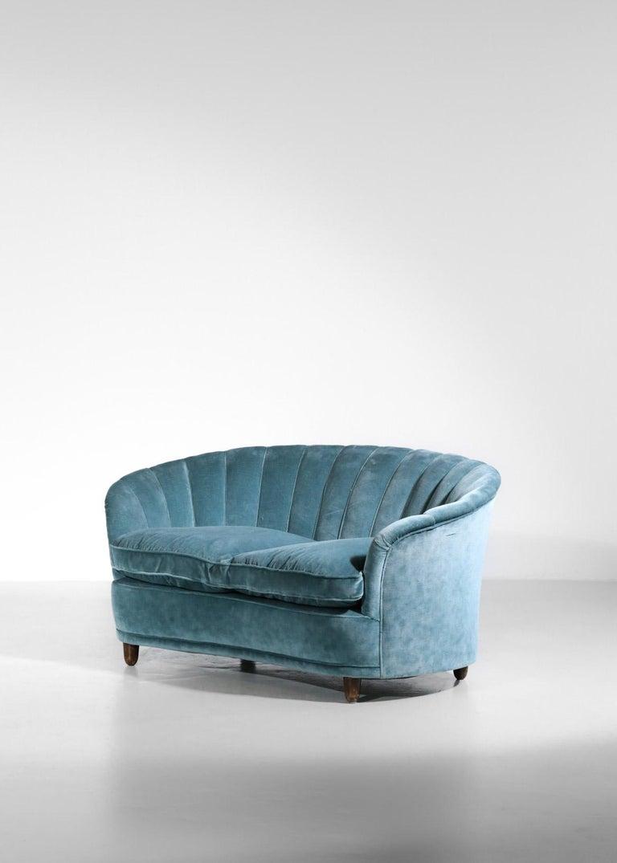 Italian Sofa by Gio Ponti Design 1960s Velvet Vintage Designer 2 Seat For Sale 8