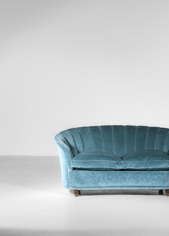 Italian Sofa by Gio Ponti Design 1960s Velvet Vintage Designer 2 Seat For Sale 12