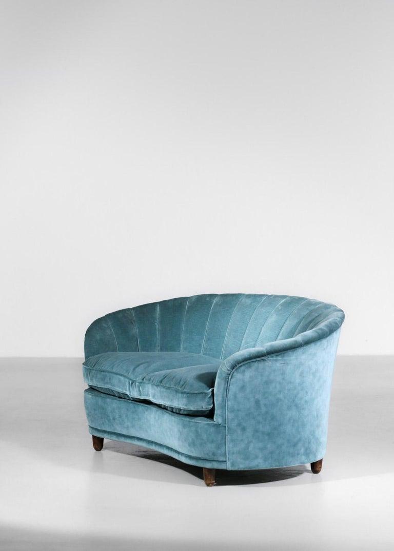 Mid-20th Century Italian Sofa by Gio Ponti Design 1960s Velvet Vintage Designer 2 Seat For Sale