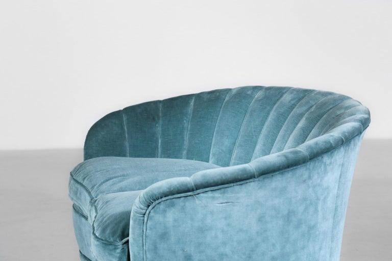 Italian Sofa by Gio Ponti Design 1960s Velvet Vintage Designer 2 Seat For Sale 1
