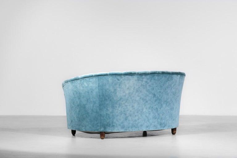Italian Sofa by Gio Ponti Design 1960s Velvet Vintage Designer 2 Seat For Sale 2