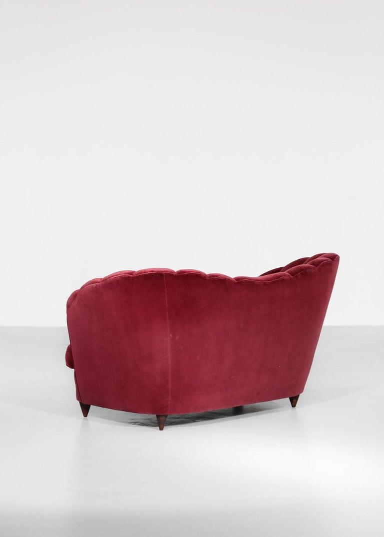 Italian Sofa Gio Ponti Style 1960s Burgundy Velvet For Sale 6