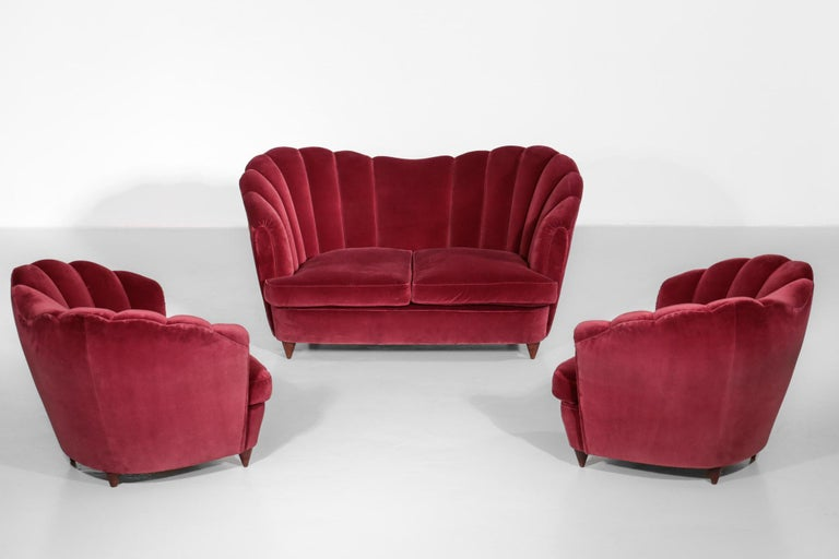 Italian Sofa Gio Ponti Style 1960s Burgundy Velvet For Sale 10