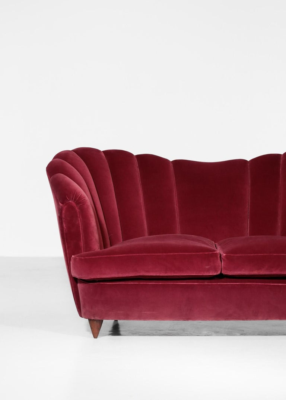 Italian Sofa Gio Ponti Style 1960s Burgundy Velvet For Sale 1