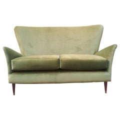 Italian Sofa in the Menner of Gio Ponti from 1940s in Velvet Green