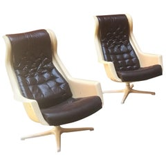 Italian Space Age Armchairs in Leather and Plastic Form, 1970