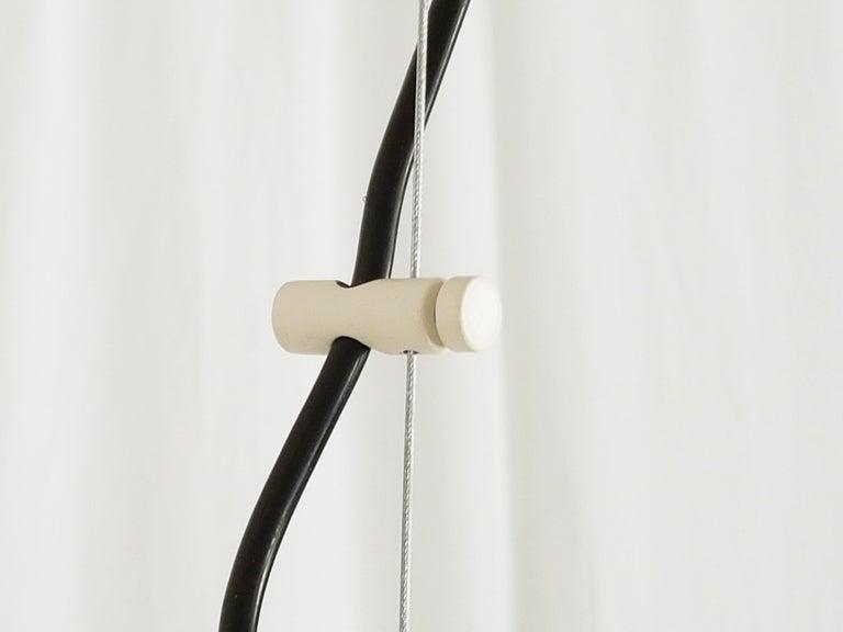 Italian Space Age White Plastic & Chromed Metal Three Lights 1960s Pendant For Sale 1