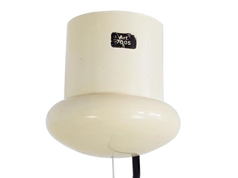 Italian Space Age White Plastic & Chromed Metal Three Lights 1960s Pendant For Sale 4