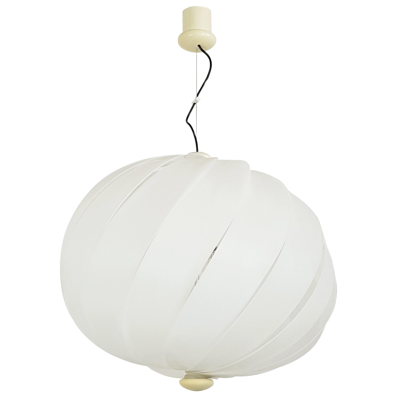 Italian Space Age White Plastic & Chromed Metal Three Lights 1960s Pendant