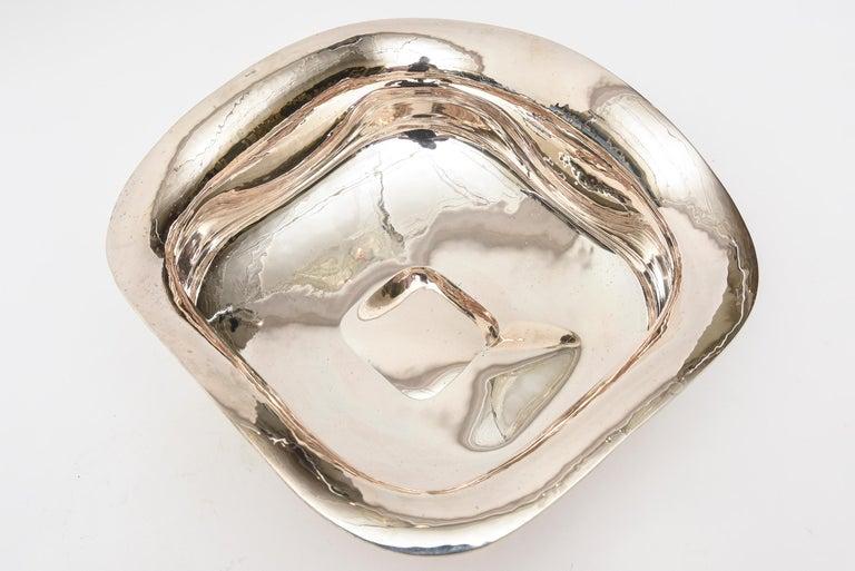 Italian Sterling Silver Sculptural Bowl  In Good Condition For Sale In North Miami, FL