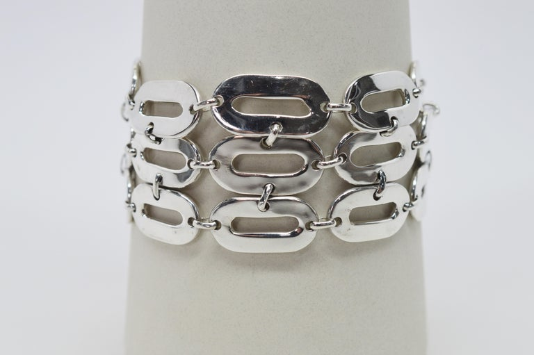 Italian Sterling Silver Wide Chain Link Bracelet In Good Condition For Sale In Mount Kisco, NY