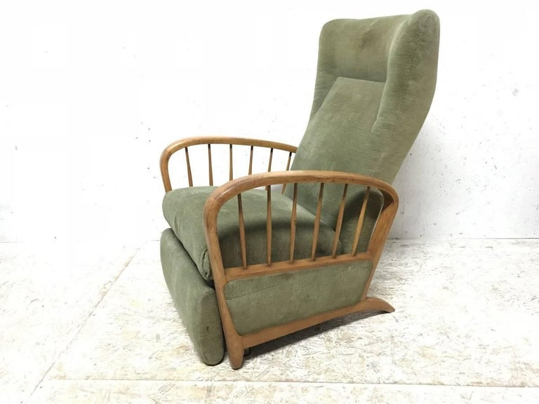 Mid-Century Modern Italian Style Fully Reclining Armchair in Beech Wood with Original Green Fabric For Sale