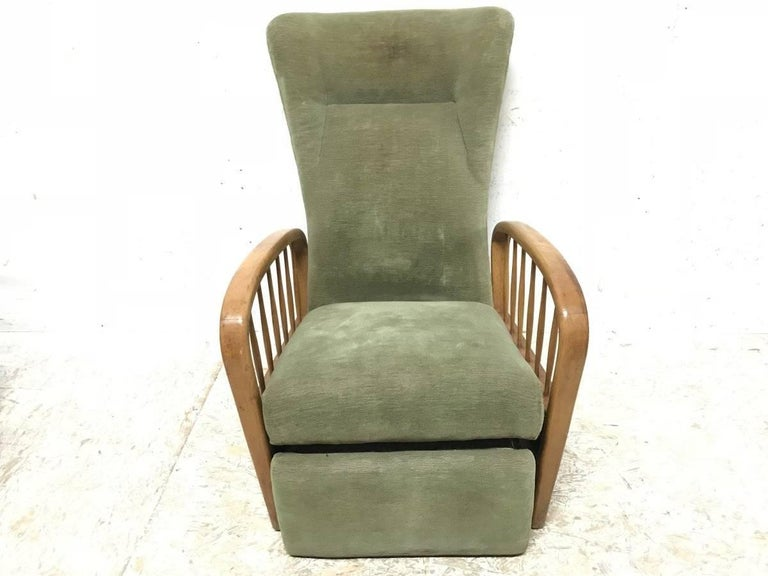 Machine-Made Italian Style Fully Reclining Armchair in Beech Wood with Original Green Fabric For Sale
