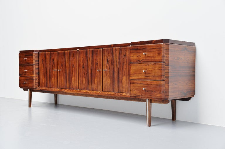 Italian Symmetrical Rosewood Sideboard, Italy, 1960 In Good Condition For Sale In Roosendaal, Noord Brabant