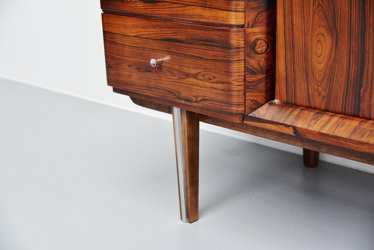 Italian Symmetrical Rosewood Sideboard, Italy, 1960 For Sale 3