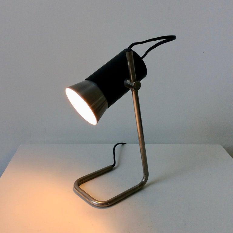 Mid-Century Modern Italian Table Lamp, circa 1960 For Sale