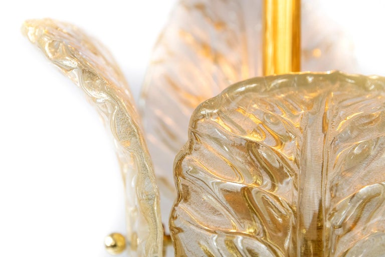 Italian Table Lamp with Leaf Form Murano Glass In Excellent Condition For Sale In Vilnius, LT