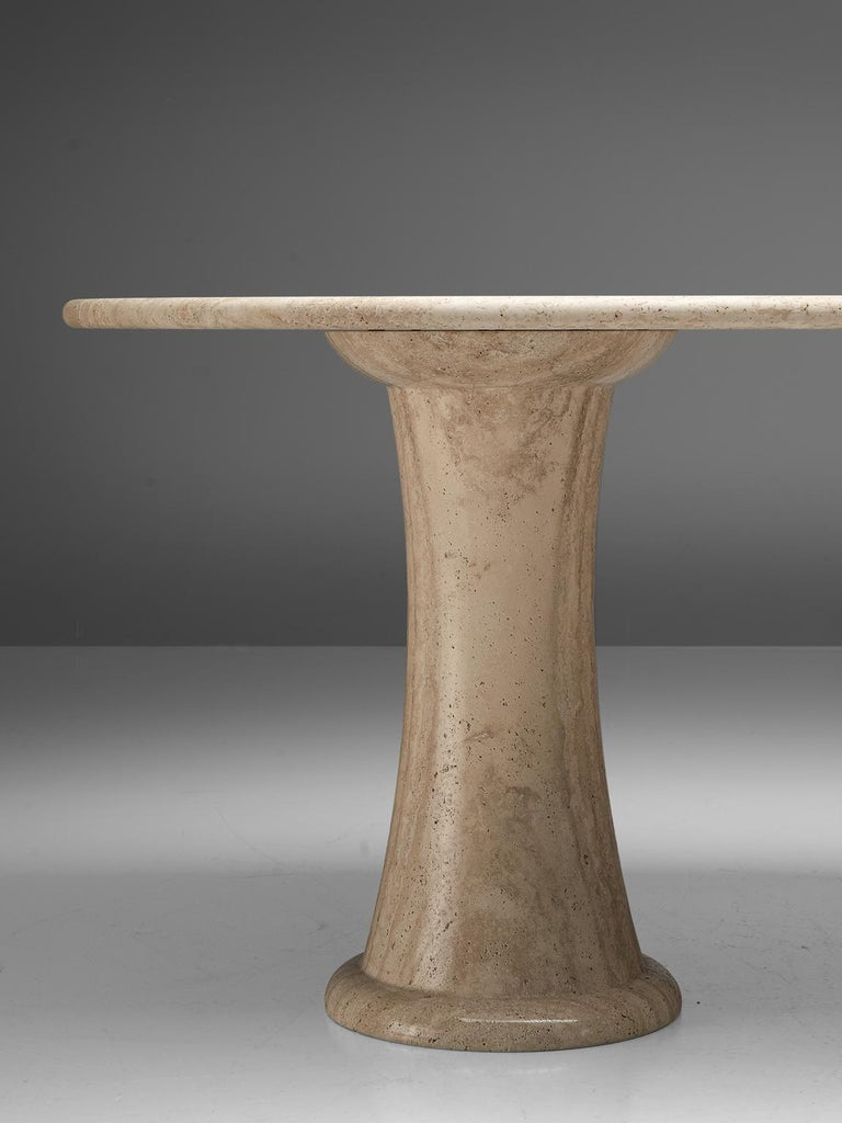 Italian Table with Oval top in Travertine In Good Condition For Sale In Waalwijk, NL