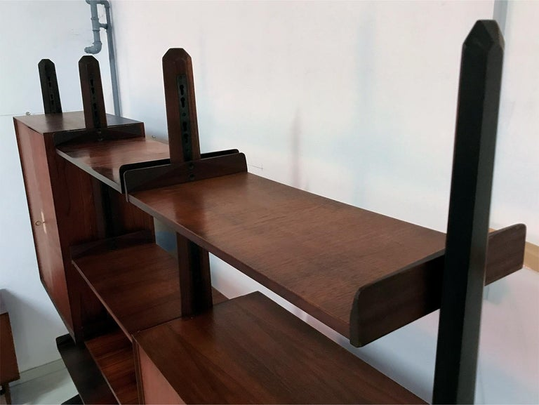 Italian Teak Wood Freestanding Bookcase by Vittorio Dassi with Palutari, 1950s For Sale 4
