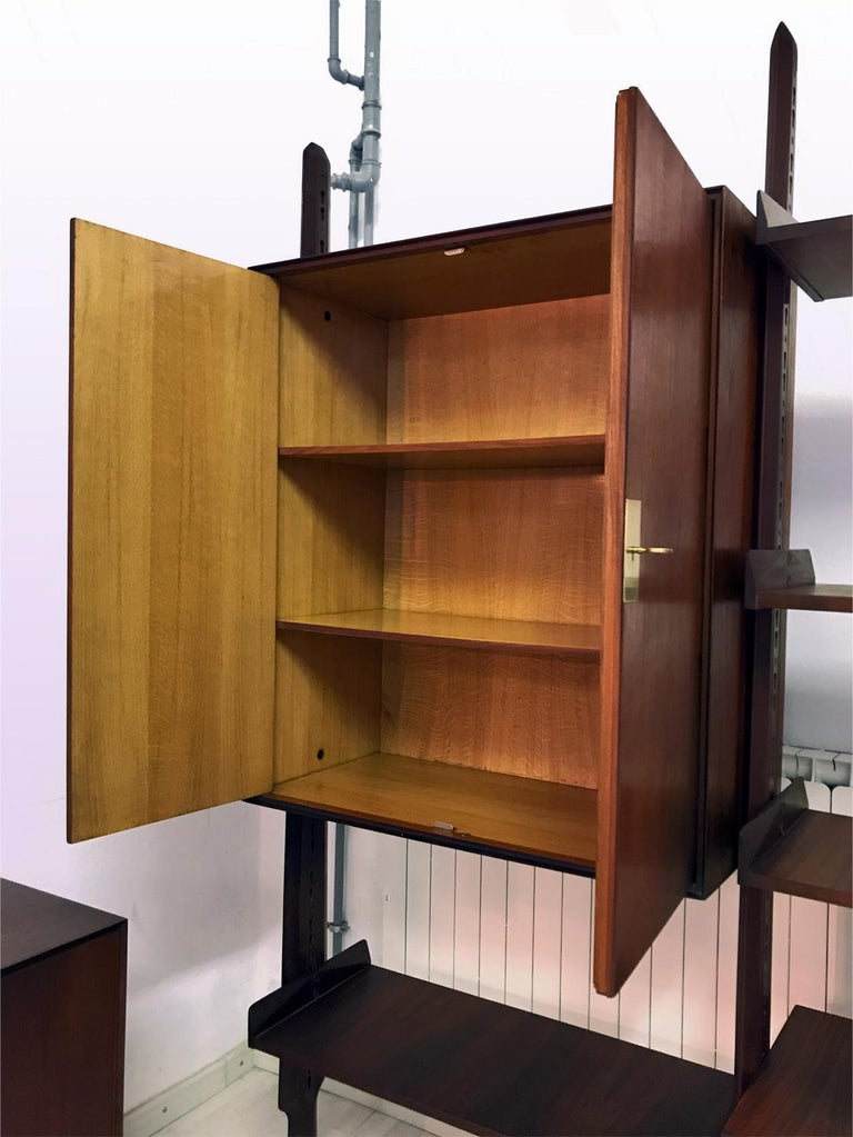 Italian Teak Wood Freestanding Bookcase by Vittorio Dassi with Palutari, 1950s For Sale 9