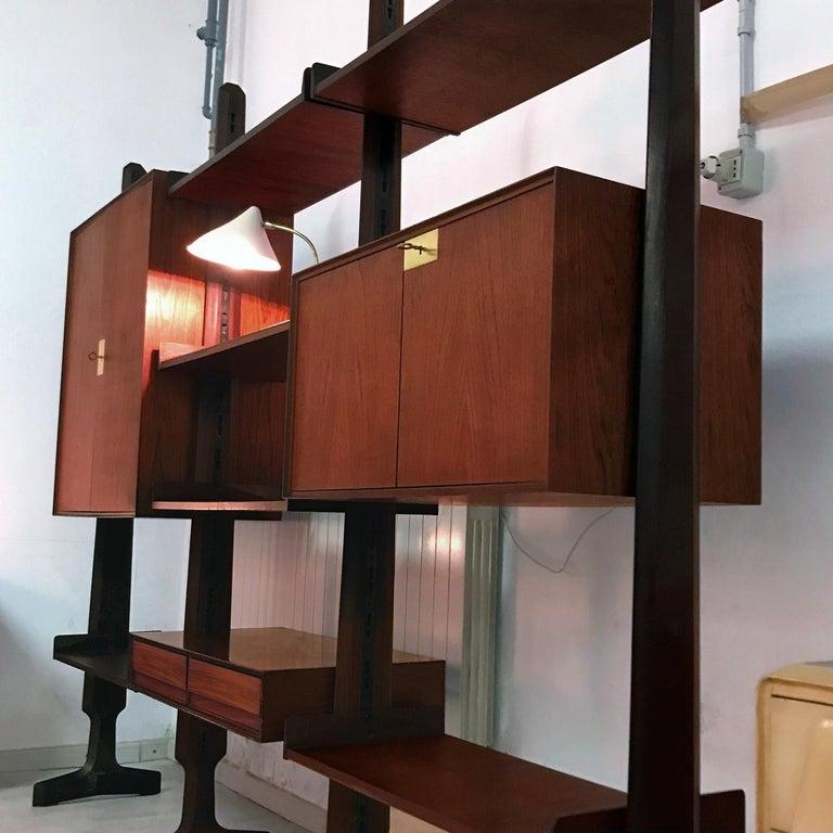 Mid-Century Modern Italian Teak Wood Freestanding Bookcase by Vittorio Dassi with Palutari, 1950s For Sale