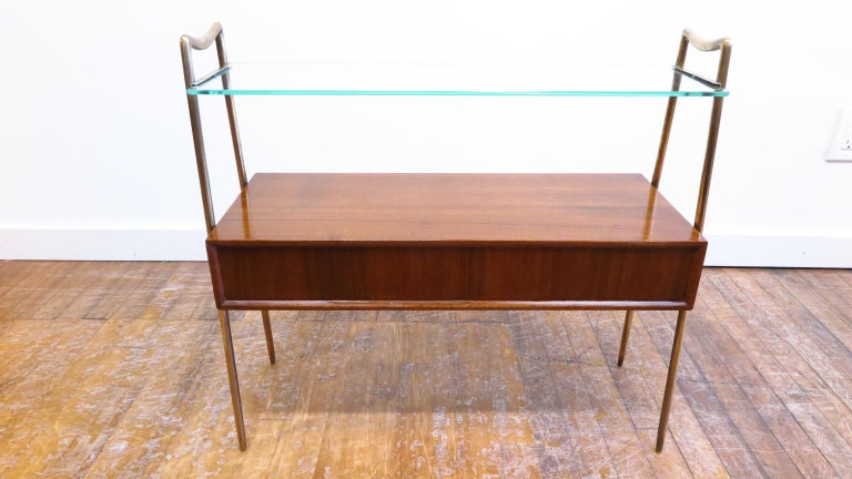 Italian Tiered Side Table In Good Condition For Sale In New York, NY